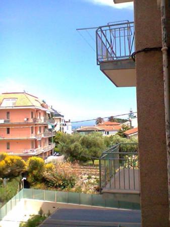 Appartamento in vendita a Loano, 2 locali, prezzo € 216.000 | Cambio Casa.it