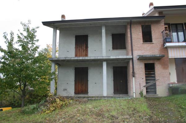 Villetta in Vendita a Castell'Arquato: 5 locali, 250 mq