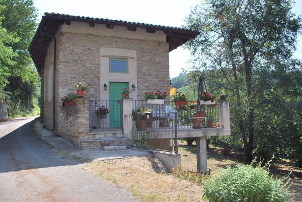 Rustico / Casale in vendita a Trezzo Tinella, 6 locali, prezzo € 275.000 | Cambio Casa.it