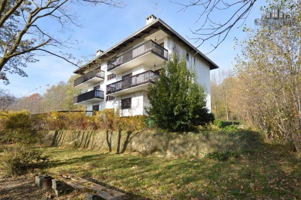 Appartamento in Vendita a Rueglio Periferia: 4 locali, 102 mq