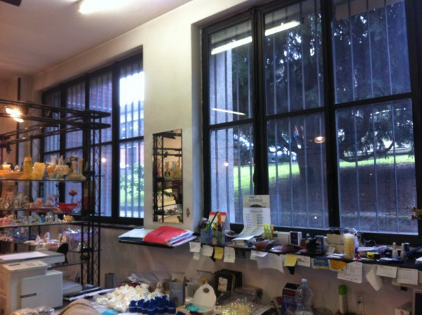 Laboratorio in affitto a Milano, 3 locali, zona Zona: 14 . Lotto, Novara, San Siro, QT8 , Montestella, Rembrandt, prezzo € 750 | Cambio Casa.it