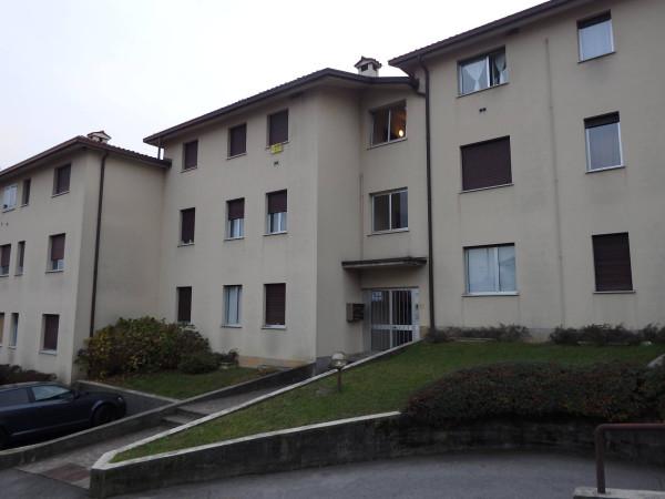Appartamento in vendita a Albino, 2 locali, prezzo € 90.000 | Cambio Casa.it