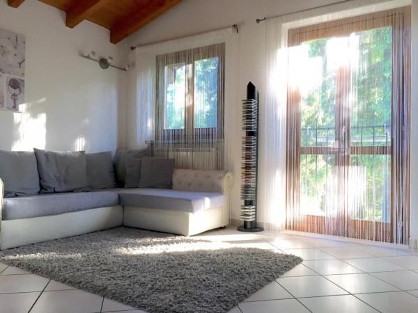 Appartamento in vendita a Somma Lombardo, 2 locali, prezzo € 100.000 | Cambio Casa.it