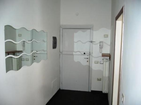 Appartamento in affitto a Reggio Emilia, 4 locali, prezzo € 480 | Cambio Casa.it