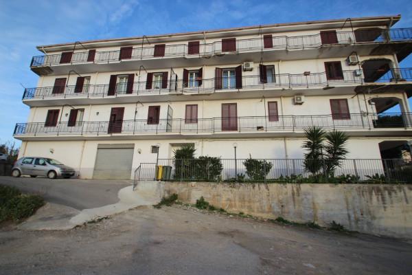 Appartamento in Vendita a Alia Periferia: 4 locali, 160 mq