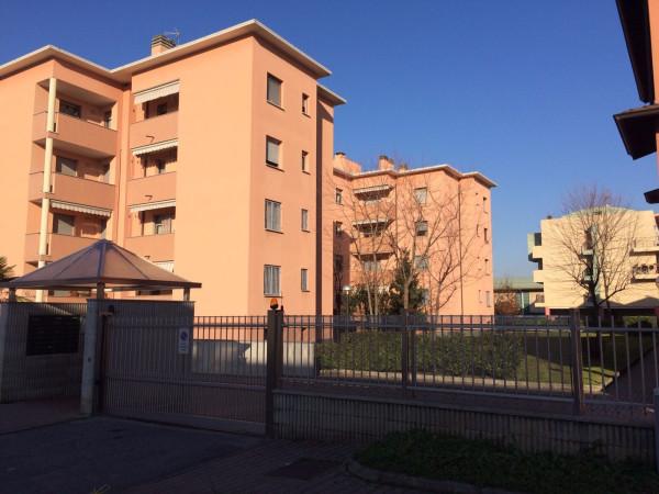 Appartamento in Vendita a Carugate Centro: 3 locali, 110 mq