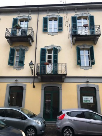 Negozio / Locale in affitto a Bra, 3 locali, prezzo € 1.000 | Cambio Casa.it
