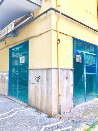 garage-Box-posto auto  in Affitto a Casoria