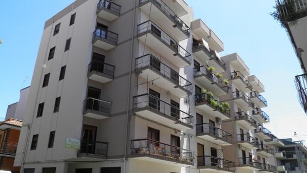 Appartamento in affitto a Paternò, 6 locali, prezzo € 400 | Cambio Casa.it