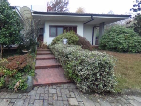 Villa in vendita a Ciriè, 5 locali, prezzo € 225.000 | Cambio Casa.it