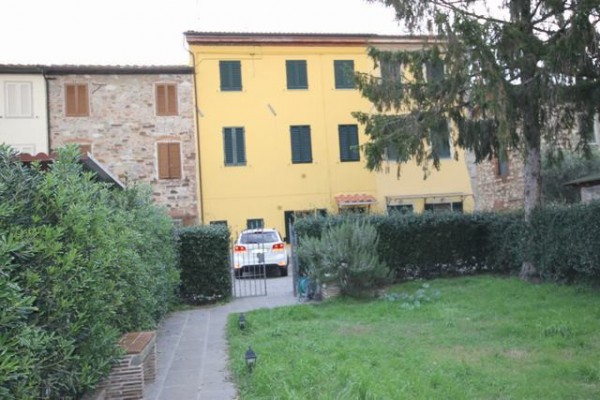 Appartamento in Vendita a Capannori Periferia Est: 3 locali, 80 mq