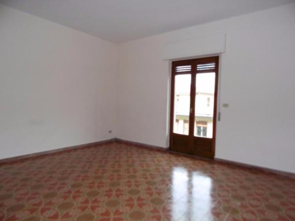 Appartamento in Affitto a Valverde Centro: 3 locali, 100 mq