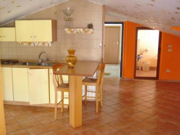 Attico / Mansarda in affitto a Aversa, 2 locali, prezzo € 320 | Cambio Casa.it