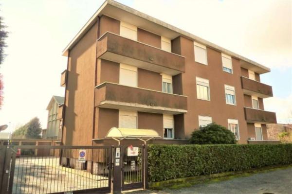 Appartamento in vendita a Samarate, 3 locali, prezzo € 149.000 | Cambio Casa.it