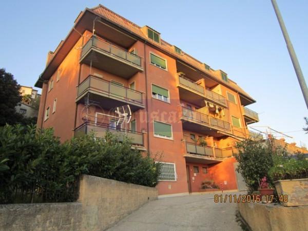 Appartamento in vendita a Montopoli di Sabina, 3 locali, prezzo € 120.000 | Cambio Casa.it