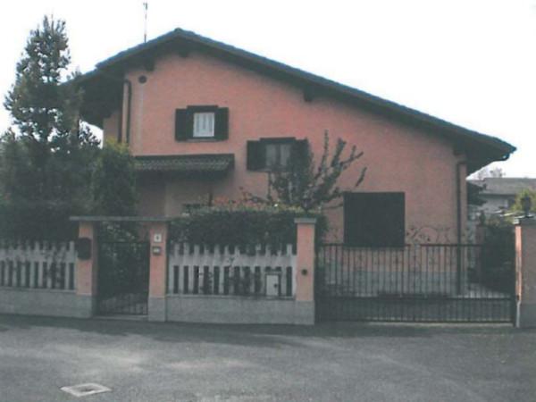 Villa in vendita a Montanaro, 6 locali, prezzo € 140.000 | Cambio Casa.it
