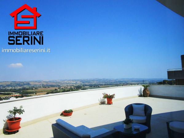 Attico / Mansarda in vendita a Corridonia, 4 locali, prezzo € 260.000   Cambio Casa.it