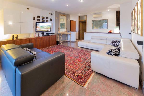 Appartamento in Vendita a Torino Semicentro Est: 5 locali, 220 mq