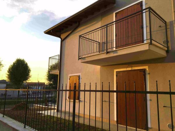 Appartamento in vendita a Isorella, 4 locali, prezzo € 125.000 | Cambio Casa.it