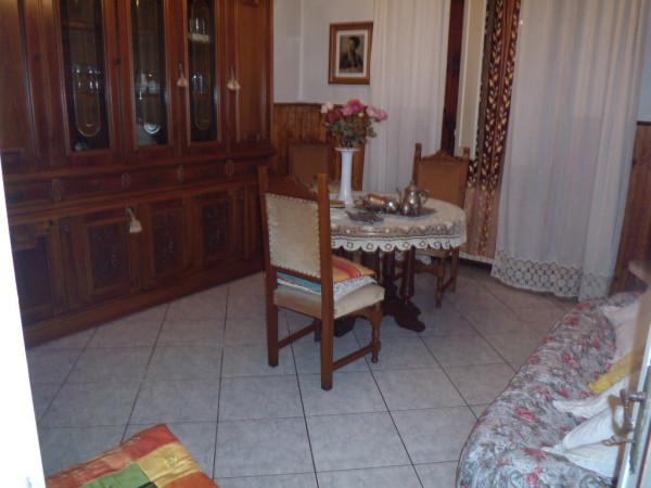 Villa in vendita a Agliana, 3 locali, prezzo € 200.000 | Cambio Casa.it