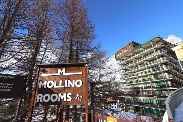 Albergo in vendita a Valtournenche, 6 locali, prezzo € 1.700.000 | Cambio Casa.it