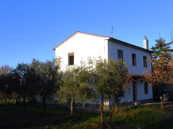 Villa in vendita a Forlì, 5 locali, prezzo € 168.000 | Cambio Casa.it
