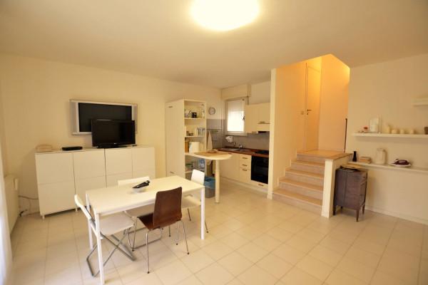 Appartamento in Affitto a Riccione: 3 locali, 120 mq