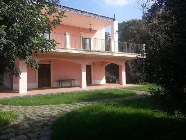 Villa in vendita a Ragalna, 6 locali, Trattative riservate | CambioCasa.it
