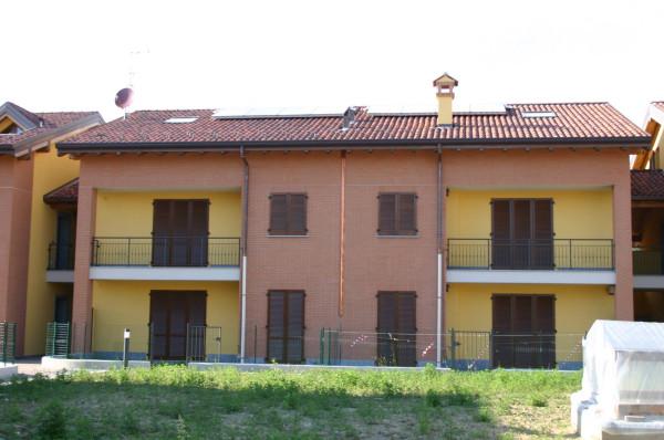 Appartamento in vendita a Rogeno, 4 locali, prezzo € 200.000   Cambio Casa.it