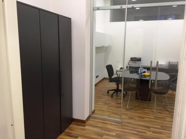 Ufficio-studio in Vendita a Milano 09 Ceresio / Procaccini / Foro Bonaparte: 4 locali, 127 mq