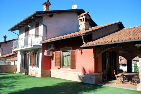 Villa in affitto a Roddi, 6 locali, prezzo € 1.200 | Cambio Casa.it