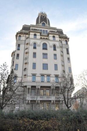 Appartamento in Vendita a Milano: 5 locali, 290 mq - Foto 1