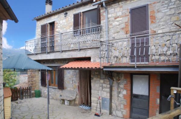 Villa in Vendita a Parrano: 3 locali, 75 mq