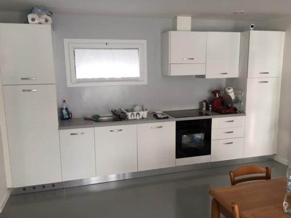 Appartamento in affitto a Faloppio, 2 locali, prezzo € 750 | Cambio Casa.it