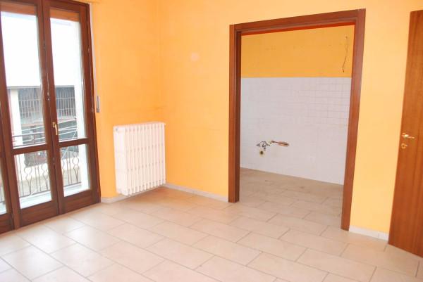 Appartamento in affitto a Vezza d'Alba, 4 locali, prezzo € 390 | Cambio Casa.it