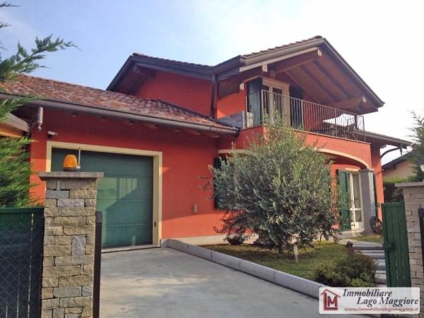 Villa in vendita a Leggiuno, 5 locali, prezzo € 430.000 | Cambio Casa.it