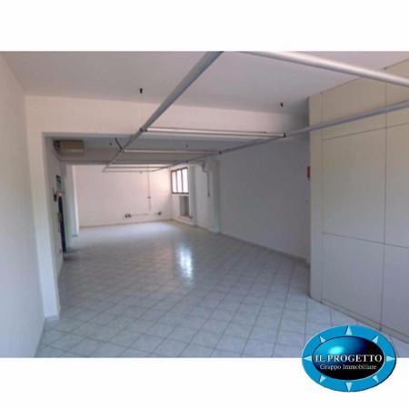 Laboratorio in Affitto a Bologna Semicentro Est: 102 mq