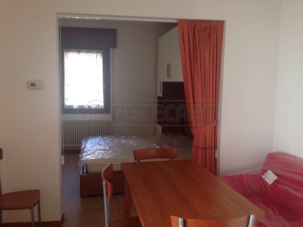 Appartamento in affitto a Arcugnano, 2 locali, prezzo € 360 | Cambio Casa.it