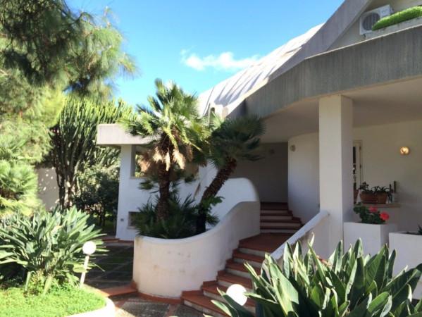 Villa in Vendita a Bagheria Centro: 5 locali, 600 mq
