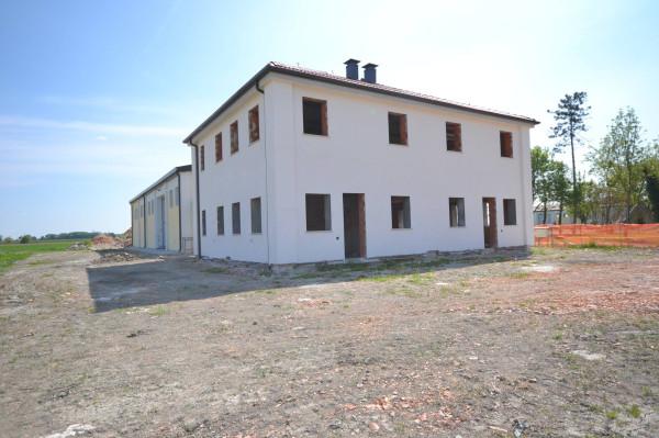 Villa in Vendita a San Giovanni In Persiceto Periferia: 5 locali, 156 mq