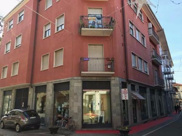 Appartamento in affitto a Bra, 2 locali, prezzo € 440 | Cambio Casa.it