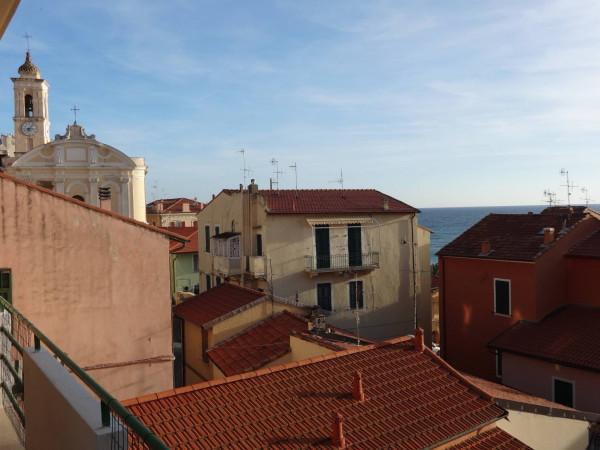 Appartamento in affitto a Ospedaletti, 3 locali, prezzo € 600 | Cambio Casa.it