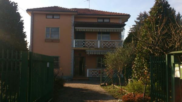 Villa in vendita a Capriate San Gervasio, 6 locali, prezzo € 180.000 | Cambio Casa.it