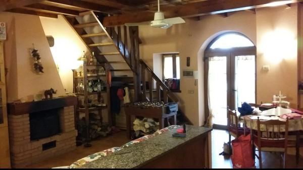 Rustico / Casale a Pieve Porto Morone in Vendita