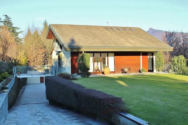 Villa in vendita a Bisuschio, 6 locali, prezzo € 1.130.000 | CambioCasa.it
