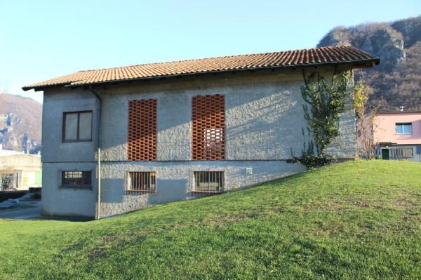 Rustico / Casale in vendita a Bisuschio, 9999 locali, prezzo € 190.000 | Cambio Casa.it