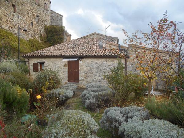 Rustico in Vendita a Sant'Agata Feltria: 5 locali, 262 mq