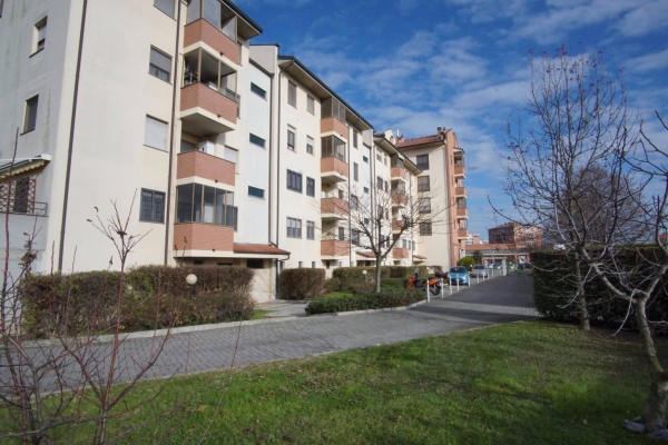 Appartamento in vendita a Mediglia, 3 locali, prezzo € 198.000   Cambio Casa.it