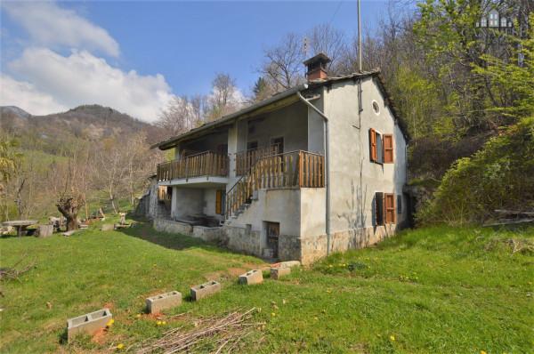Casa indipendente in Vendita a Brosso Periferia: 4 locali, 110 mq