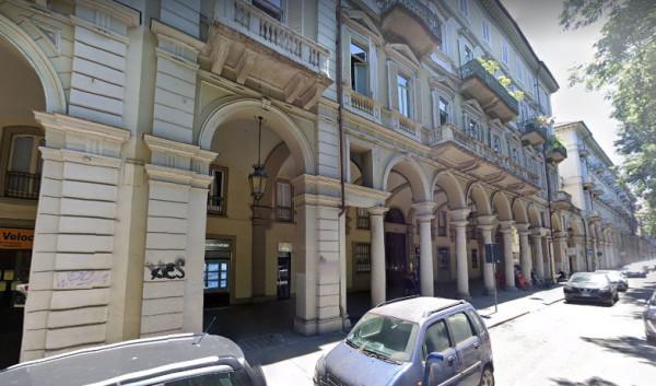 Appartamento in Affitto a Torino Centro: 2 locali, 38 mq